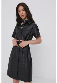 only - Only - Sukienka. Kolor: czarny. Długość rękawa: raglanowy rękaw. Typ sukienki: rozkloszowane