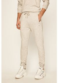 Szare spodnie dresowe Fila gładkie