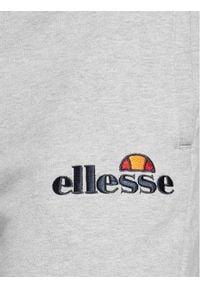 Ellesse Spodnie dresowe Nioro SHS08783 Szary Classic Fit. Kolor: szary. Materiał: dresówka
