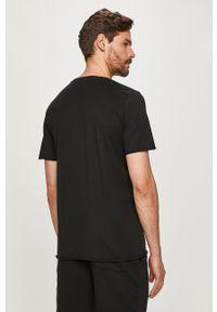 Czarny t-shirt Selected gładki, casualowy