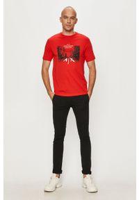 Guess - Spodnie. Kolor: czarny. Materiał: tkanina. Wzór: gładki