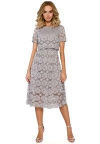 MOE - Szara Koronkowa Rozkloszowana Midi Sukienka z Krótkim Rękawem. Kolor: szary. Materiał: koronka. Długość rękawa: krótki rękaw. Długość: midi