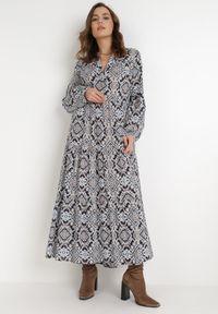 Born2be - Granatowa Sukienka Deparia. Kolor: niebieski. Materiał: bawełna. Długość rękawa: długi rękaw. Wzór: aplikacja. Długość: maxi