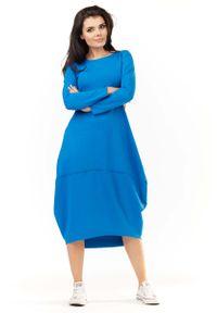 Awama - Niebieska Dzianinowa Midi Sukienka Bombka z Długim Rękawem. Kolor: niebieski. Materiał: dzianina. Długość rękawa: długi rękaw. Typ sukienki: bombki. Długość: midi