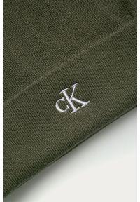 Oliwkowa czapka Calvin Klein Jeans