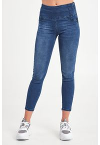 Patrizia Pepe - JEANSY PATRIZIA PEPE. Stan: podwyższony. Materiał: jeans. Styl: klasyczny