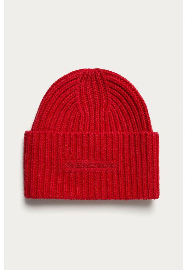 Czerwona czapka Peak Performance