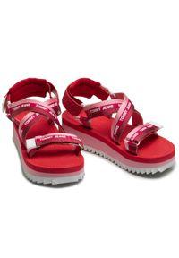 Różowe sandały Tommy Jeans