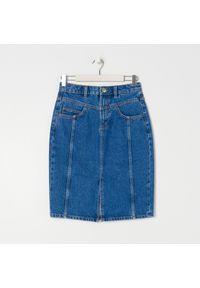 Sinsay - Spódnica jeansowa midi - Niebieski. Kolor: niebieski. Materiał: jeans