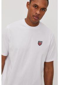 Biały t-shirt Prosto. casualowy, na co dzień, z nadrukiem