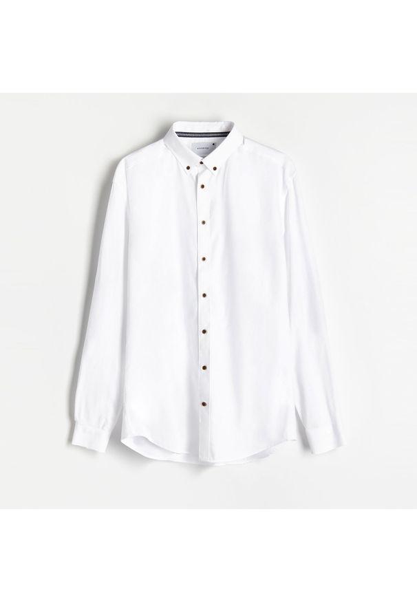 Reserved - Koszula regular fit z domieszką lnu - Biały. Kolor: biały. Materiał: len