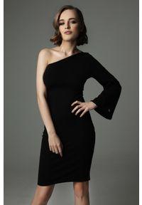 Madnezz - Sukienka Hellish Ellie - czerń. Materiał: bawełna, dzianina, elastan. Wzór: aplikacja. Typ sukienki: dopasowane. Styl: elegancki