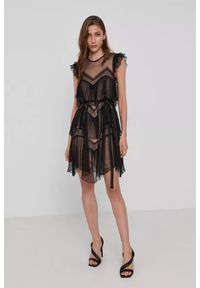 TwinSet - Plisowana, krótka tiulowa sukienka z falbanką Twinset. Typ kołnierza: kołnierz z falbankami. Kolor: czarny. Materiał: tiul. Typ sukienki: asymetryczne. Długość: mini