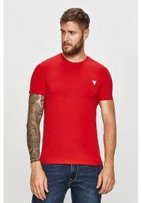 Czerwony t-shirt Guess Jeans casualowy, z aplikacjami, na co dzień