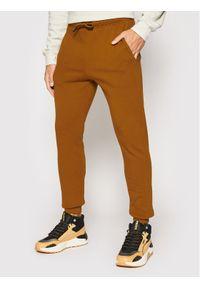 Only & Sons Spodnie dresowe Ceres 22018686 Brązowy Regular Fit. Kolor: brązowy. Materiał: dresówka