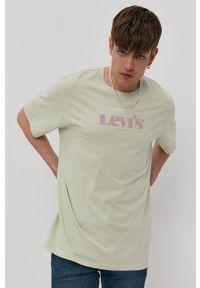 Levi's® - Levi's - T-shirt. Okazja: na spotkanie biznesowe. Kolor: zielony. Materiał: dzianina. Wzór: nadruk. Styl: biznesowy