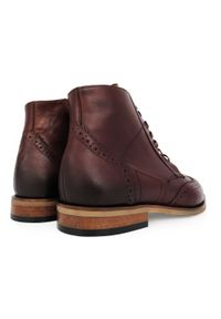Faber - Skórzane brązowe buty męskie zimowe - trzewiki BZ11. Wysokość cholewki: przed kolano. Zapięcie: zamek. Kolor: brązowy. Materiał: skóra. Szerokość cholewki: normalna. Wzór: ażurowy, aplikacja. Sezon: zima. Styl: wizytowy, klasyczny