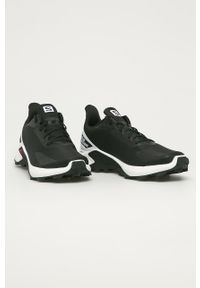 Czarne buty trekkingowe salomon z okrągłym noskiem, na sznurówki, z cholewką