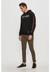 Czarna bluza nierozpinana Pepe Jeans na co dzień, z kapturem, z nadrukiem