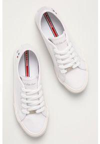 U.S. Polo Assn. - Tenisówki. Nosek buta: okrągły. Kolor: biały. Materiał: guma