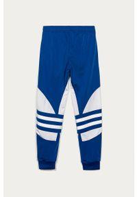 Niebieskie spodnie dresowe adidas Originals na co dzień, casualowe, z aplikacjami