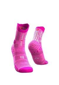 Compressport - Skarpety długie COMPRESSPORT PRORACING SOCKS V3.0 TRAIL. Kolor: różowy. Materiał: włókno, skóra. Sport: bieganie, fitness