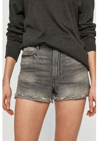 G-Star RAW - G-Star Raw - Szorty jeansowe. Okazja: na co dzień. Kolor: szary. Materiał: jeans. Styl: casual