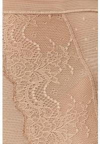 Spanx - Figi modelujące Spotlight On Lace. Kolor: beżowy. Materiał: materiał