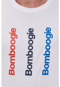 Bomboogie - T-shirt. Okazja: na co dzień. Kolor: biały. Materiał: dzianina. Wzór: aplikacja. Styl: casual