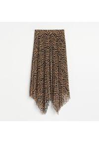 Reserved - Asymetryczna spódnica - Brązowy. Kolor: brązowy