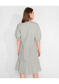 CAPPELLINI - Zielona sukienka w prążki. Kolor: zielony. Materiał: materiał. Wzór: prążki. Sezon: wiosna, lato. Długość: mini