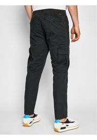 Superdry Spodnie materiałowe Cargo M7010195A Czarny Straight Fit. Kolor: czarny. Materiał: materiał