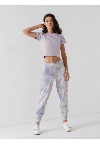 4f - Spodnie dresowe joggery damskie. Kolor: fioletowy. Materiał: dresówka