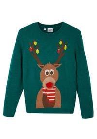Sweter chłopięcy z bożonarodzeniowym motywem bonprix głęboki zielony. Kolor: zielony. Materiał: materiał, akryl. Wzór: prążki, aplikacja