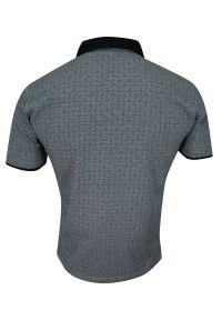 Niebieski t-shirt Elkjaer w geometryczne wzory, na co dzień