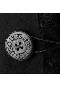 Czarne śniegowce Ugg z cholewką, z aplikacjami