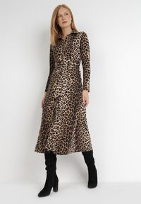 Born2be - Czarno-Beżowa Sukienka Anastyle. Kolor: wielokolorowy, beżowy, czarny. Materiał: dzianina, materiał. Długość rękawa: długi rękaw. Wzór: aplikacja, nadruk. Typ sukienki: koszulowe. Długość: midi
