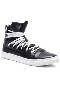 Czarne sneakersy Rage Age z cholewką, na co dzień