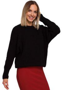 Czarny sweter MOE w prążki, z klasycznym kołnierzykiem, klasyczny