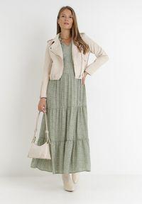 Born2be - Zielona Sukienka Ganig. Typ kołnierza: dekolt w serek. Kolor: zielony. Długość rękawa: długi rękaw. Wzór: kwiaty, aplikacja. Sezon: jesień, lato