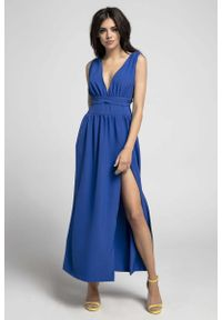 Niebieska sukienka wieczorowa Nommo z dekoltem w kształcie v, maxi