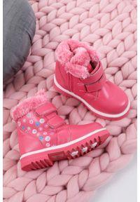 Różowe buty zimowe Casu na rzepy