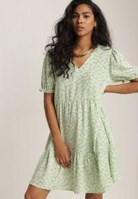 Renee - Miętowa Sukienka Jenygune. Kolor: zielony