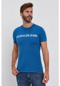 Calvin Klein Jeans - T-shirt. Okazja: na co dzień. Kolor: niebieski. Materiał: dzianina. Wzór: gładki. Styl: casual