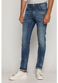 Niebieskie jeansy medicine