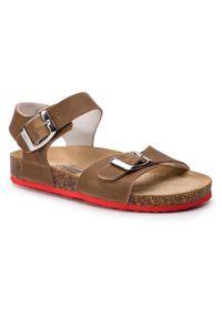 Brązowe sandały Primigi na lato