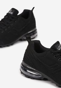Born2be - Czarne Buty Sportowe Sofeda. Wysokość cholewki: przed kostkę. Kolor: czarny. Materiał: materiał. Szerokość cholewki: normalna