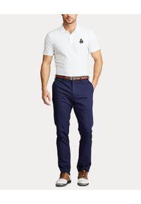 Ralph Lauren - RALPH LAUREN - Biała koszulka polo z misiem. Typ kołnierza: polo. Kolor: biały. Materiał: dresówka, jeans, bawełna. Wzór: haft. Styl: klasyczny