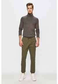 Zielone spodnie GAP
