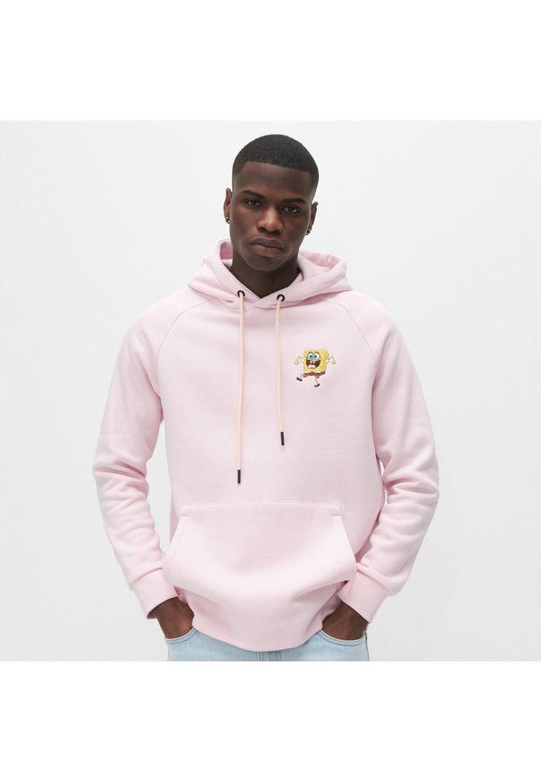 Reserved - Bluza z kapturem SpongeBob - Różowy. Typ kołnierza: kaptur. Kolor: różowy